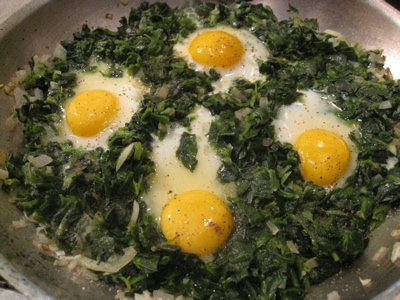 Poached Eggs in Kale