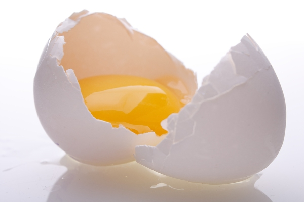 bigstock - cracked egg_12878183